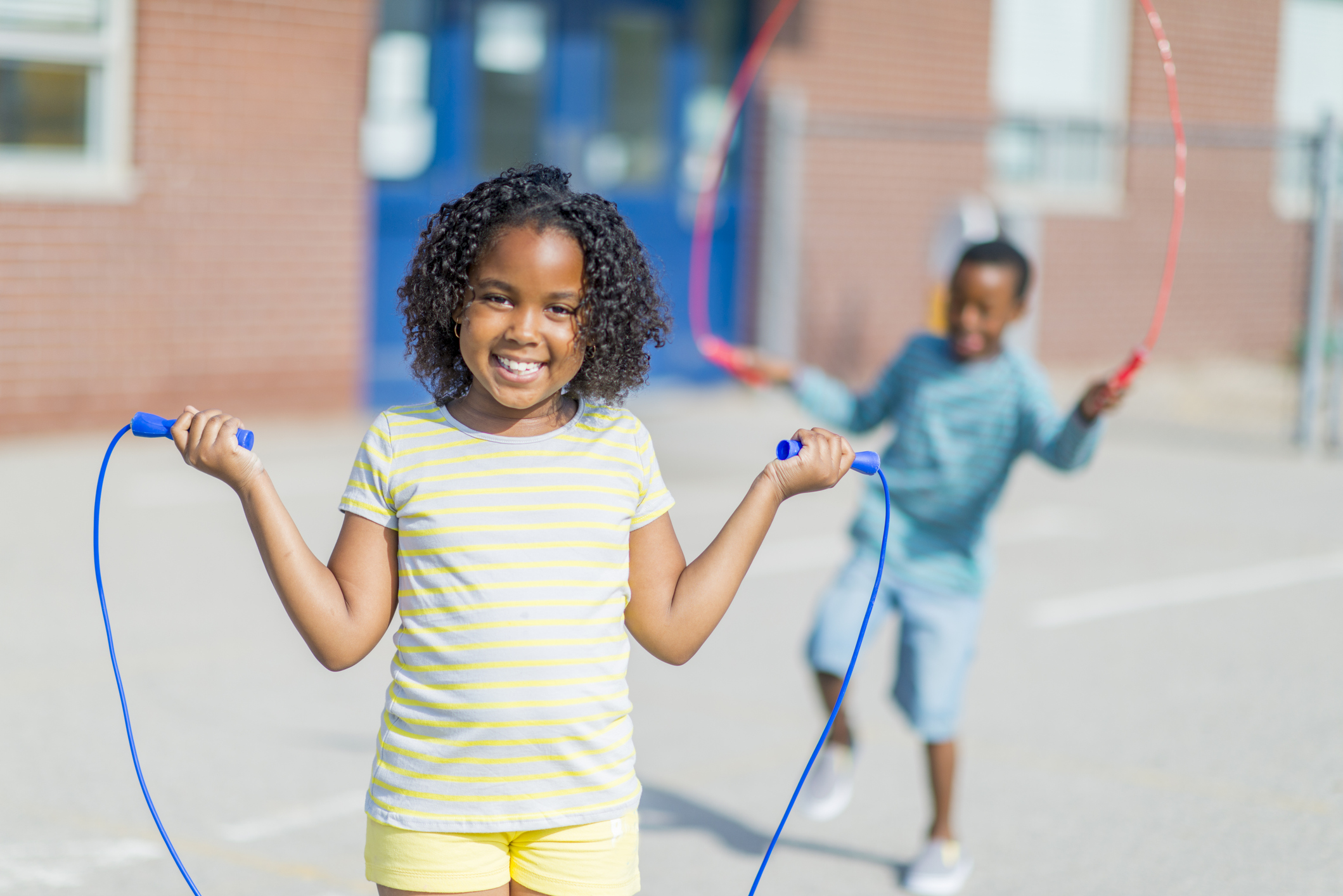Image of kids using jump ropes